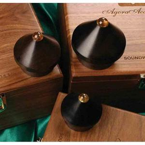 Agora Acoustics SoundWood 5.5 Isolator  스파이크